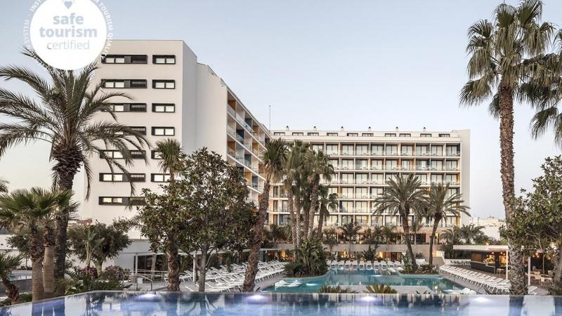 2152-hotel